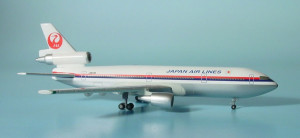 "513760 Самолёт JAL DC-10-40 HISTORIC EDITION ""old colors"" 1:500 *"