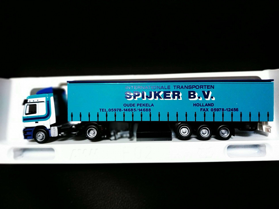 Грузовик-фура MB Actros L Spijker B.V. 1:87