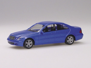 033176 Mercedes-Benz E-Klasse , metallic 1:87