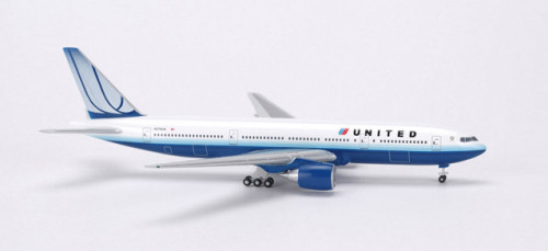 506687 Самолет Boeing 777-200 United Air 1:500