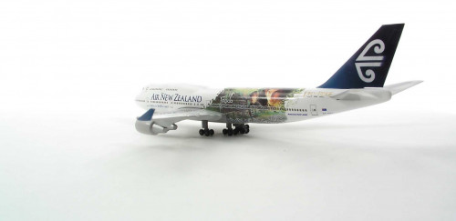 513654 Самолет Air New Zealand Boeing 747-400 Lord of the Rings - Frodo 1:500