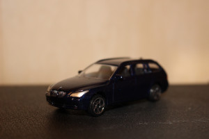 205279j Автомобиль BMW 5 Tourig 1:64
