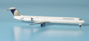 506021 Самолет McDonnel-Douglas MD-81 Continenal Airlines 1:500 *