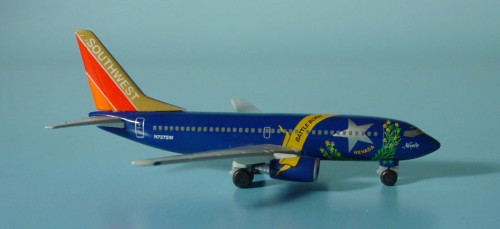 511964 Самолет Southwest Airlines Boeing 737-700 Nevada One 1:500