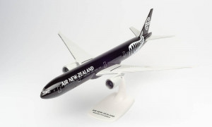 612777 Самолет Boeing 777-300ER AIR NEW ZEALAND – ZK-OKQ AllBlacks 1:200